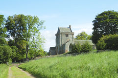 Chiesa e pista di Crighton Fotografia Stock