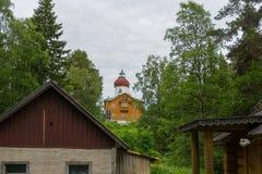 Chiesa-faro di ascensione sulla montagna di Sekirnaya sopra nello skete santo di ascensione immagine stock