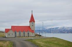 Chiesa islandese rurale tipica Immagini Stock Libere da Diritti