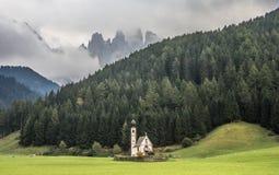 Chiesa isolata della st Johann un giorno di autunno Immagine Stock Libera da Diritti