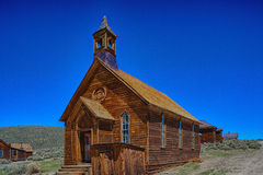 Chiesa metodista, situata a Bodie State Park, CA Fotografie Stock