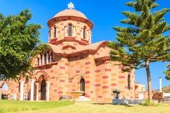 Chiesa nel villaggio di Pilon (Pylonas) rhodes Fotografie Stock Libere da Diritti