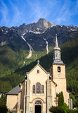 Chiesa nella città di Chamonix-Mont-Blanc, Francia Fotografie Stock