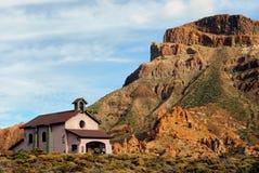 Chiesa nella sosta nazionale di Teide, Tenerife. Fotografia Stock