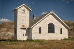 Chiesa nella valle fotografie stock libere da diritti