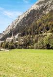 Chiesa nelle alpi francesi Immagini Stock Libere da Diritti