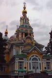 Chiesa ortodossa a Almaty immagini stock libere da diritti