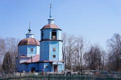 Chiesa ortodossa di legno nella regione di Mosca Fotografie Stock