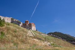 Chiesa ortodossa vicino al castello di Berat, Albania Fotografie Stock Libere da Diritti