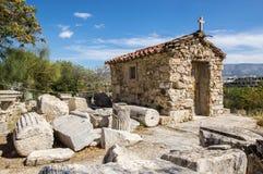 Chiesa ortodossa vicino all'acropoli, Atene fotografia stock