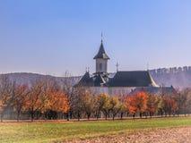 Chiesa rurale in Romania immagini stock libere da diritti