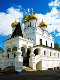 Chiesa storica in Russia, chiesa bianca Fotografia Stock