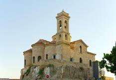 Chiesa sulla collina Immagini Stock Libere da Diritti