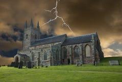 Chiesa in tempesta al tramonto Fotografia Stock Libera da Diritti