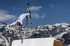 CHIESA VALMALENCO: Freestyle Ski FIS European Cup, athlete jump Stock Photos