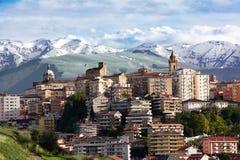 Chieti en av huvudstäderna av Abruzzo och Maiella Fotografering för Bildbyråer