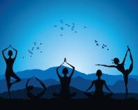 Chiffre de femmes de yoga Photographie stock