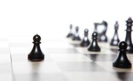 Chiffres d'échecs - concept de stratégie et de direction Image stock