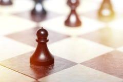 Chiffres d'échecs - concept de stratégie et de direction Photographie stock