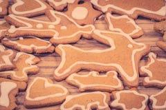 Chiffres de biscuit de Noël sur le bois Photo stock