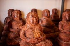 Chiffres en bois de statues de Bouddha en Thaïlande Photo libre de droits