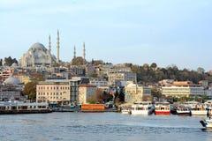 Chifre dourado da mesquita de Suleymaniye imagem de stock royalty free