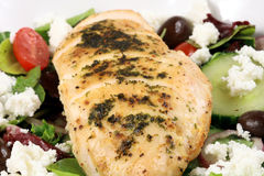 Chiken Brust und Salat Stockfotos