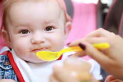 Child eating Royalty Free Stock Photos