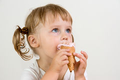 Child eating ice cream Royalty Free Stock Photos