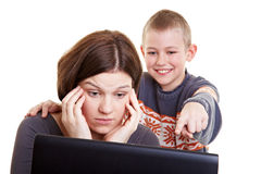 Child explaining his mother Royalty Free Stock Photography