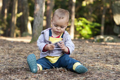Free Child Exploring Nature Stock Photography - 27999482