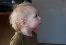 Child looking up Royalty Free Stock Images
