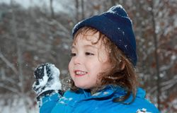 Child outdoor during winter Royalty Free Stock Photography