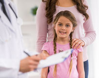 Child and pediatrician Stock Photography