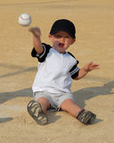 Child playing catch Royalty Free Stock Photography
