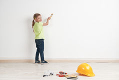 Child reparing house Royalty Free Stock Photos