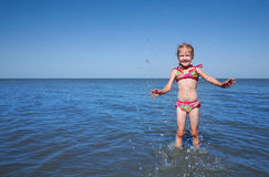 Child at the sea Royalty Free Stock Photos
