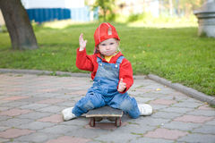 Child on the skateboard Royalty Free Stock Photos