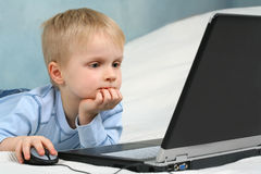 Child using a computer Stock Photos