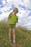 το φύσηγμα βράζει childrem Στοκ εικόνες με δικαίωμα ελεύθερης χρήσης