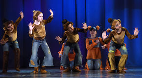 Children dancing on stage Stock Photography