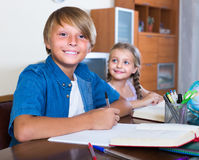 Children doing homework Royalty Free Stock Photography