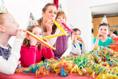 Free Children Having Birthday Party With Fun Royalty Free Stock Photography - 55661147