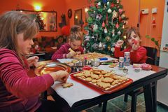 Children making cookies Royalty Free Stock Photography