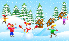 Children mold the snowman on the edge of the forest Royalty Free Stock Photos