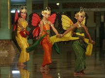 Children performing traditional dance Royalty Free Stock Images