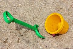 Children piaska zabawki na plaży Zdjęcia Stock