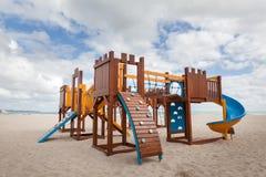 2 children playground 滑和爬升套架 免版税库存图片
