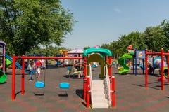 2 children playground 免版税库存照片