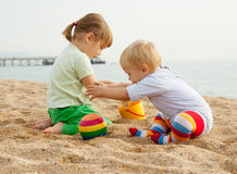Children playing with sand Royalty Free Stock Photo